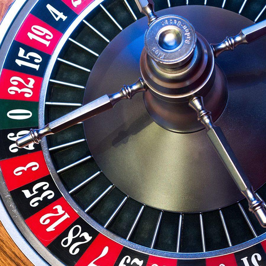 roulette-wheel-table-rental-212-casino